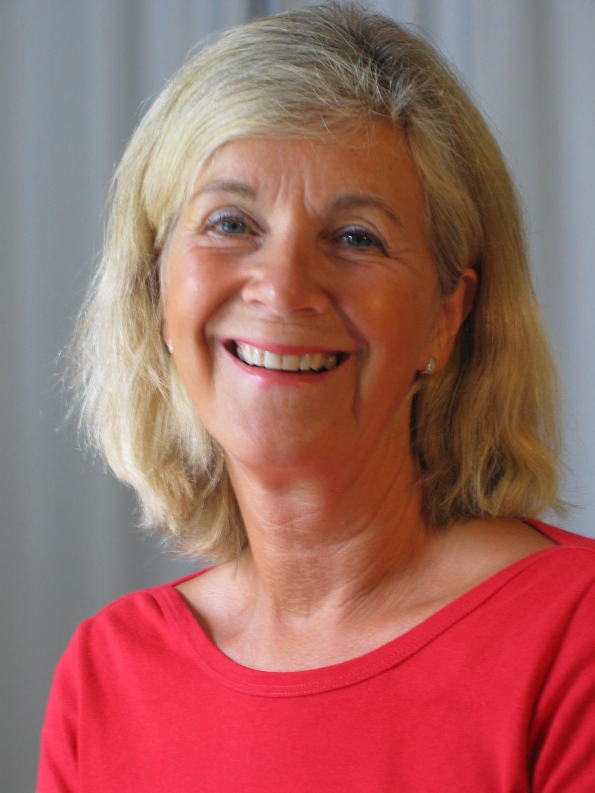 Portrett Mette i rødt